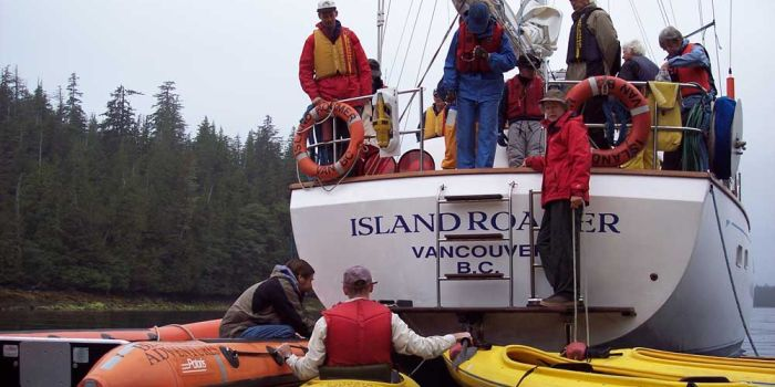 Loading on and off the zodiacs with the Island Roamer